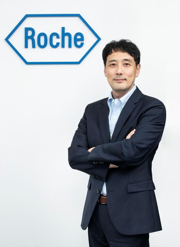 사진. 이승훈 한국로슈 의학부 신임 총괄